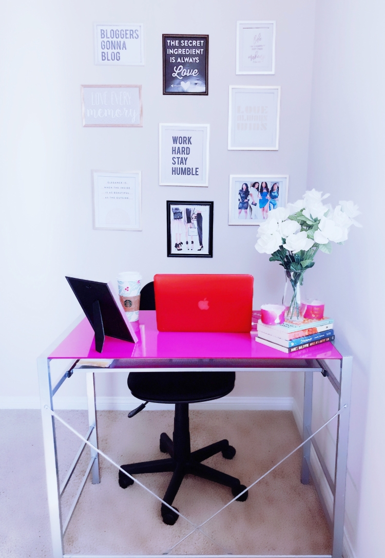 Denyelle's Home Office